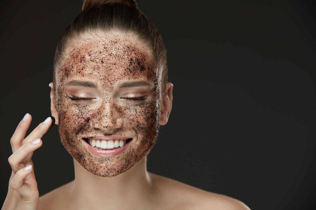 Melhores esfoliantes para o rosto e corpo